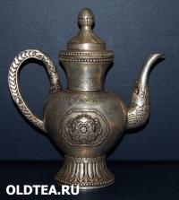 Латунный чайник с Тибета
