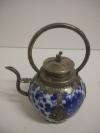 Тибетский чайник с фигуркой обезьяны на крышке